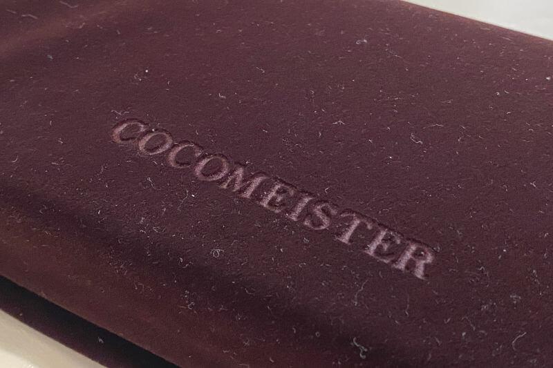 ココマイスターの財布の化粧袋