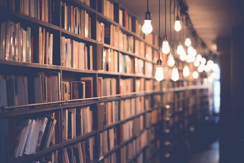 基礎知識を付けるため、とりあえず本を読み漁りました